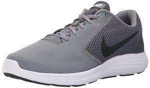 Nike Revolution 3. Stai cercando un paio di scarpe ... 995c0ab72eb